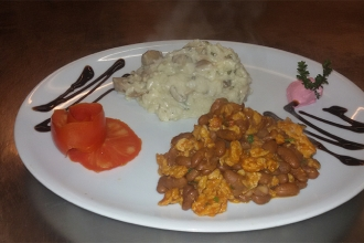 Rajas-café-ristorante-vegetariano-vegano-portata20